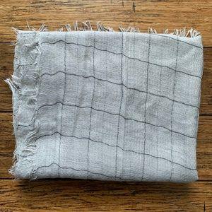 Grey and Black Box Pattern Fringe Scarf